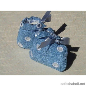 Freestanding Lace Baby Booties - a-stitch-a-half