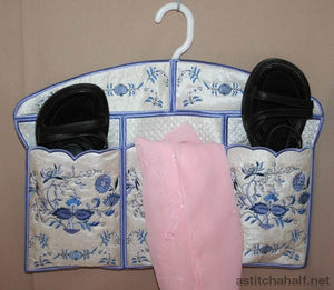 Blue Onion Hanger Cover And Closet Organizer Format Applique