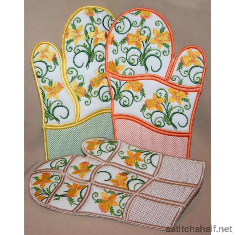 Daffodil Oven Gloves - astitchahalf