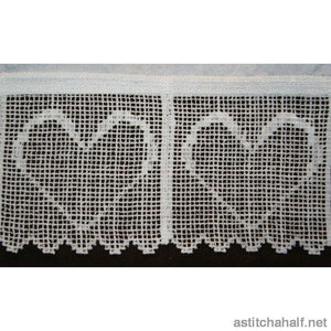 Dutch Lace in Hearts - astitchahalf