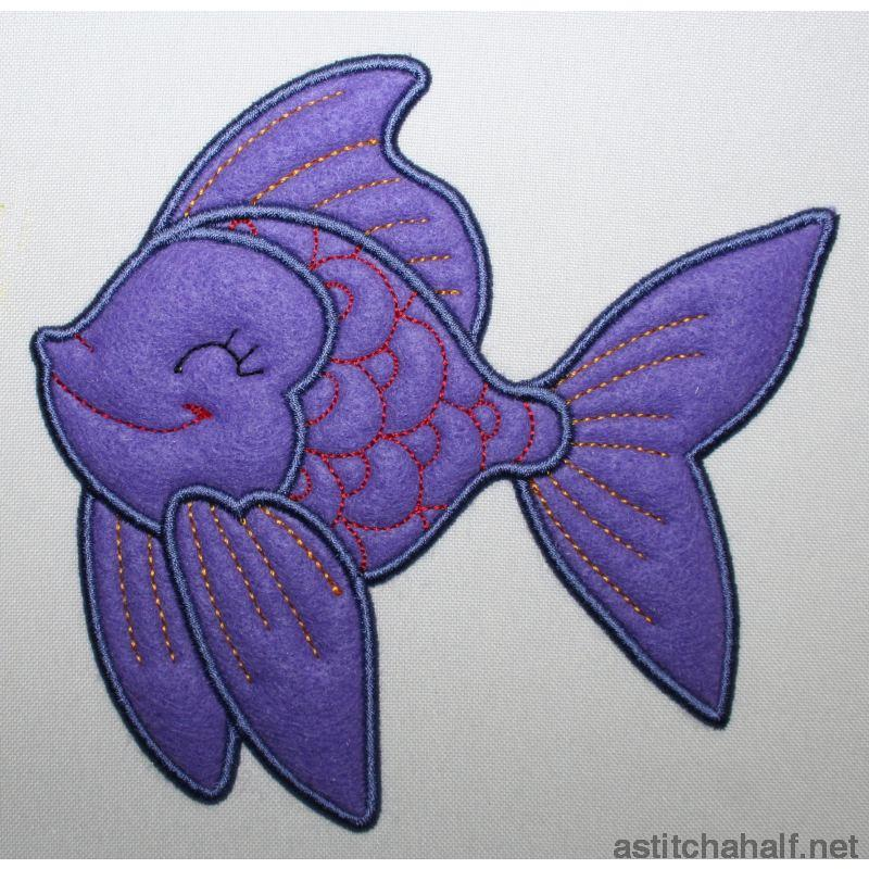 Fiddles Fish - a-stitch-a-half
