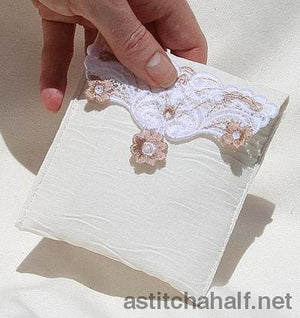 Fsl Elegant Purse Freestanding Lace