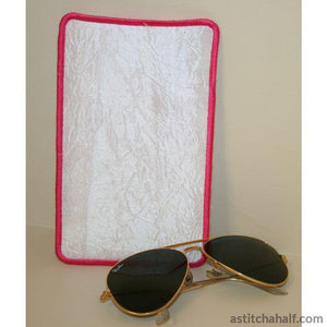 Hibiscus Eyeglass Cover All In The Hoop
