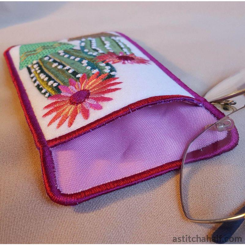 Ith Flowering Succulent Eyeglass Case In The Hoop Embroidery