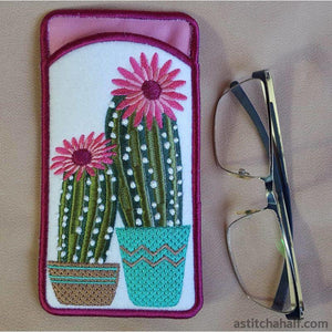 ITH Flowering Succulent Eyeglass Case - a-stitch-a-half