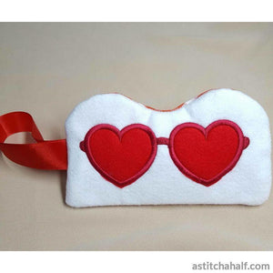 Lovely Eyeglass Case with ITH Zipper - a-stitch-a-half