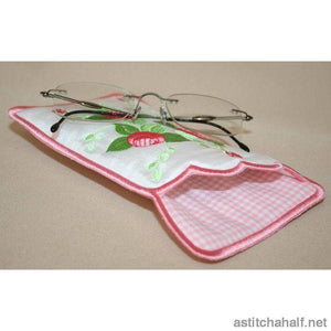 Mini Roses Eyeglass Case All In The Hoop
