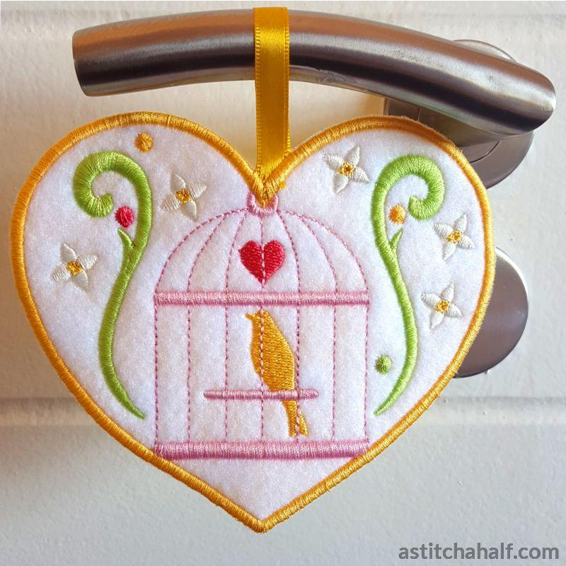 Oh So Tweet Applique - a-stitch-a-half