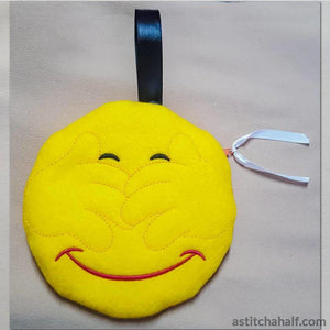 See No Evil Emoji Zipper Bag All In The Hoop