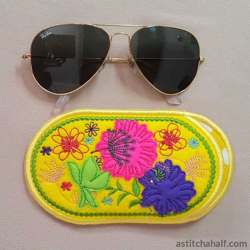Spring Garden Eyeglass Case In The Hoop