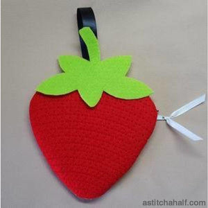 Strawberry Bag with ITH Zipper - a-stitch-a-half