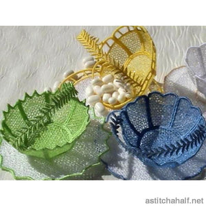 Tiny Freestanding Lace Baskets Galore
