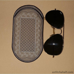 Vanilla Kisses Eyeglass Case - a-stitch-a-half