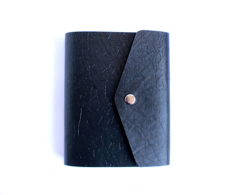 PaperMe, libreta, cruelty free, vegan, reciclable, rollup, planner, enrollable, flexible, personalizable, black, negro