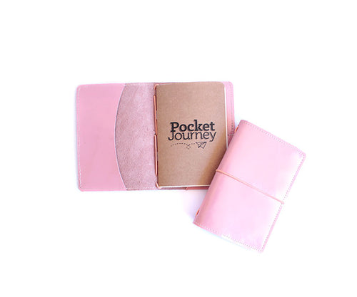 Portadocumentos Pocket Journey Shiny Pink