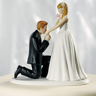 "A ""Cinderella Moment"" Figurine Wedding Cake Topper - Bridal Show Time"