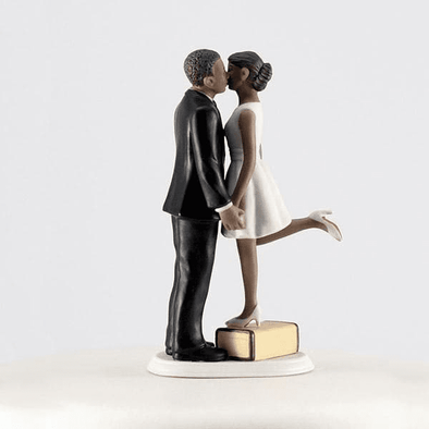 """A Kiss and We're Off!"" Figurine Wedding Cake Topper - Bridal Show Time"