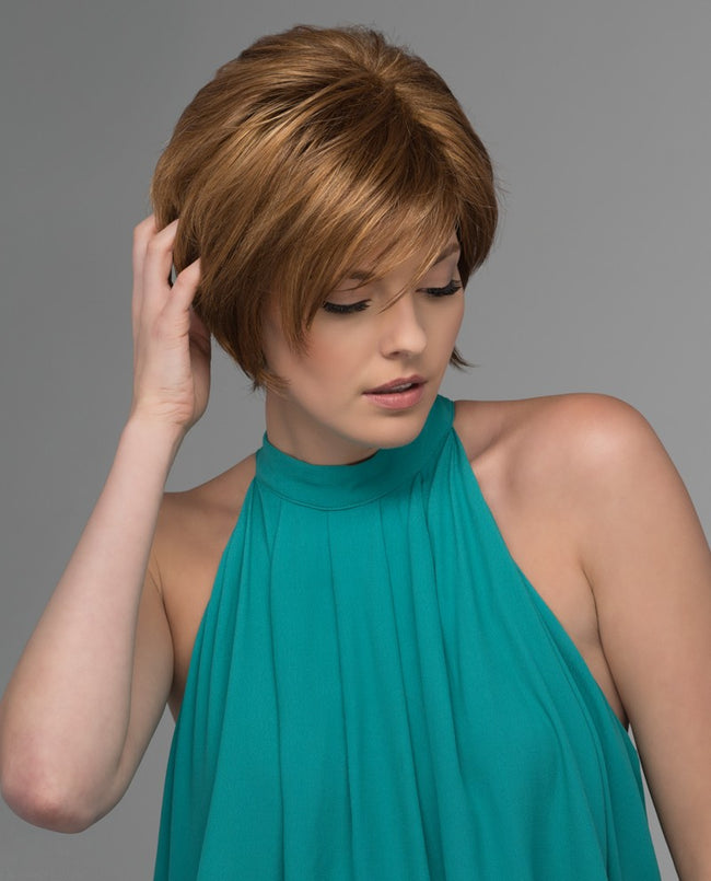 Estetica Designs Carina synthetic wig R30/28/26