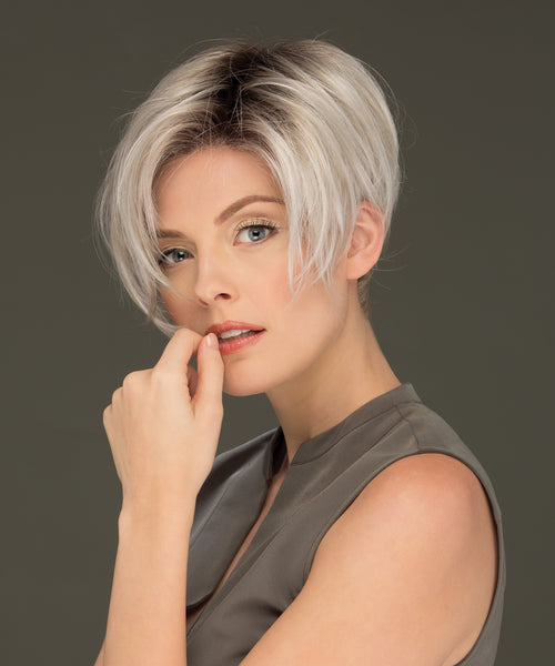 Estetica Designs Perry synthetic wig Silversun RT8