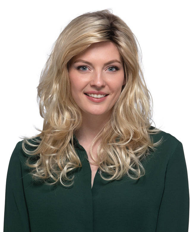 Estetica Designs Petite Sedona synthetic wig RH26/613RT8