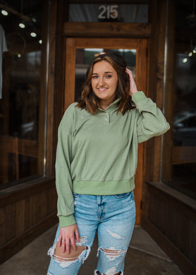Palms Away Cropped Pullover in Pistachio 2663