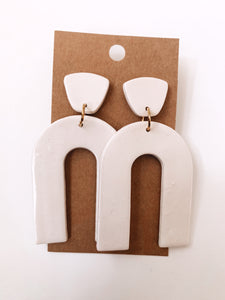 Arch Clay Earrings in Ivory Pearl