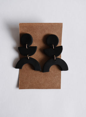 The Stevie Clay Earring in Black