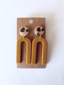 Mustard Skinny Arch Clay Earrings