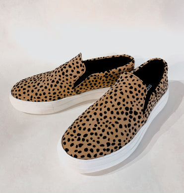 Walk This Way Cheetah Sneaker 2561