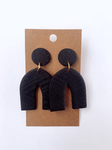 Black Textured Pointed Arch Clay Earrings