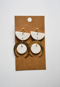 The Fleetwood Clay Earrings in Ivory