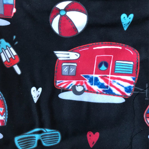 Print close up of patriotic capri camper leggings | Plum Hanger
