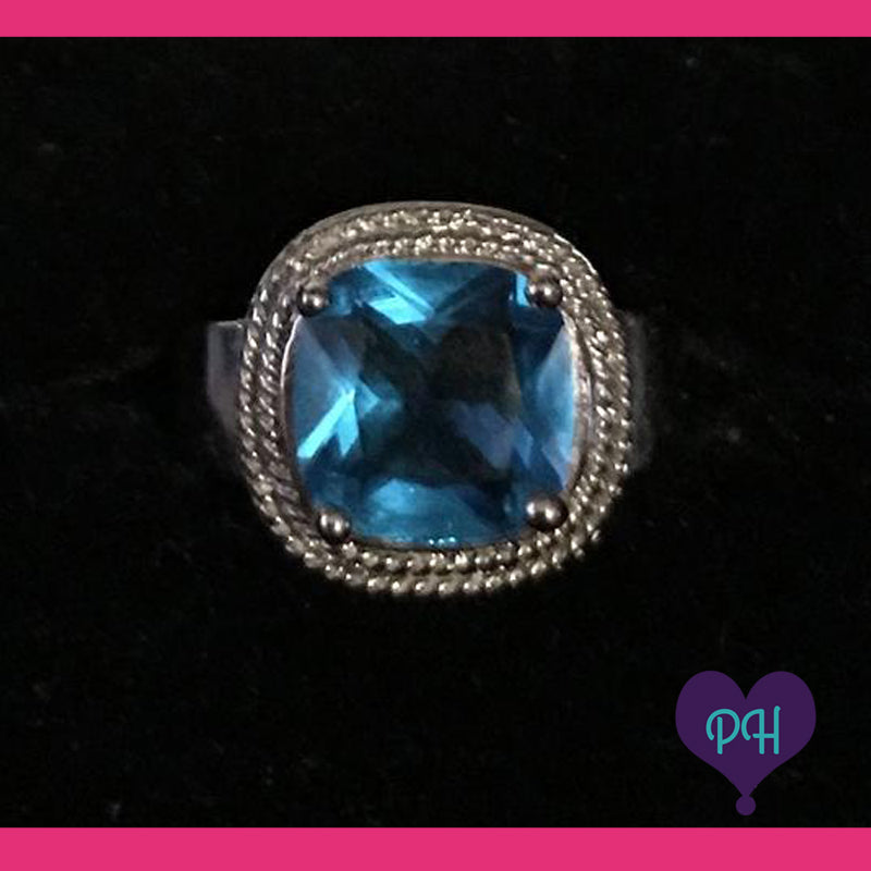 Blue Square Ring | Plum Hanger