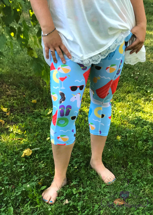 Fun in the Sun pool capri leggings with pockets | Plum Hanger Boutique