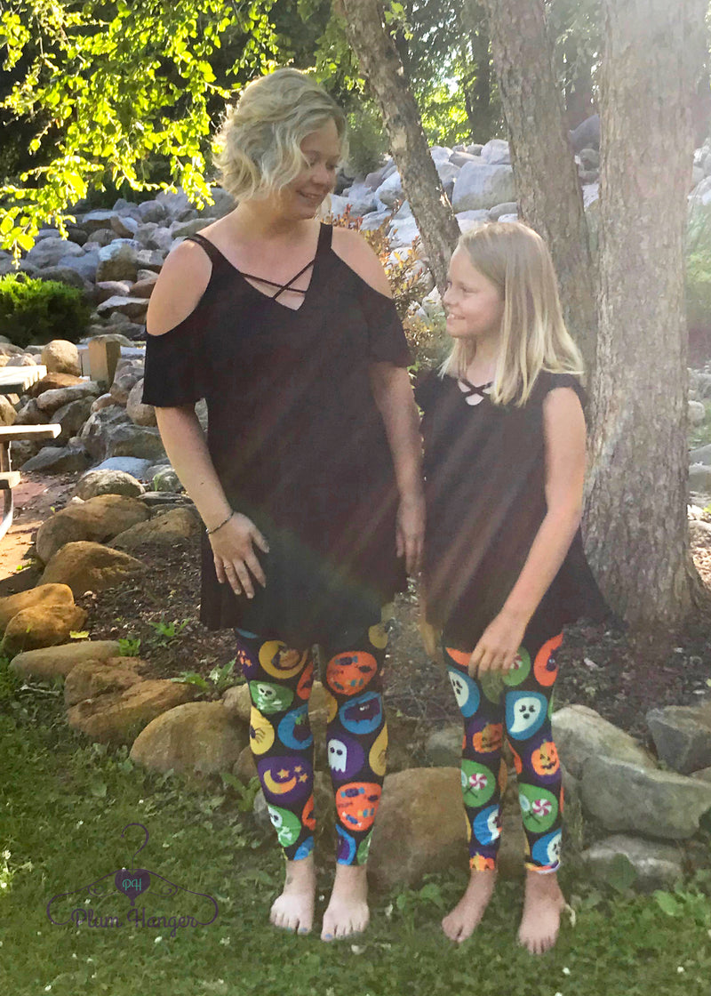 Classic Halloween leggings, ghosts, ghouls and more | Plum Hanger