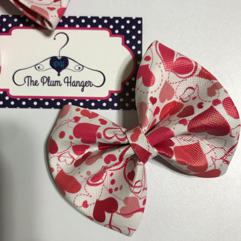 Heart hair bow | Plum Hanger