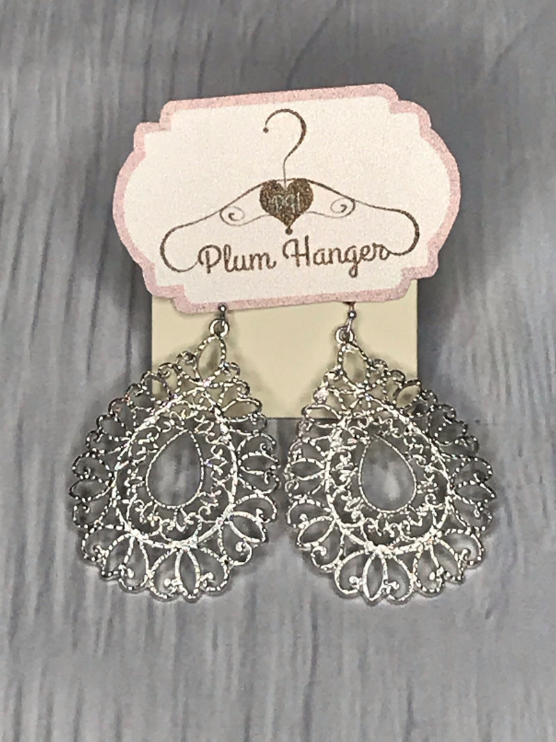 Silver Drop earrings | Plum Hanger