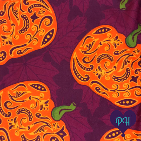Close up of Paisley Pumpkins leggings | The Plum Hanger