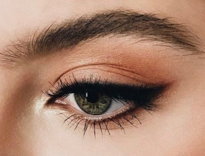 SLEEK CAT EYE
