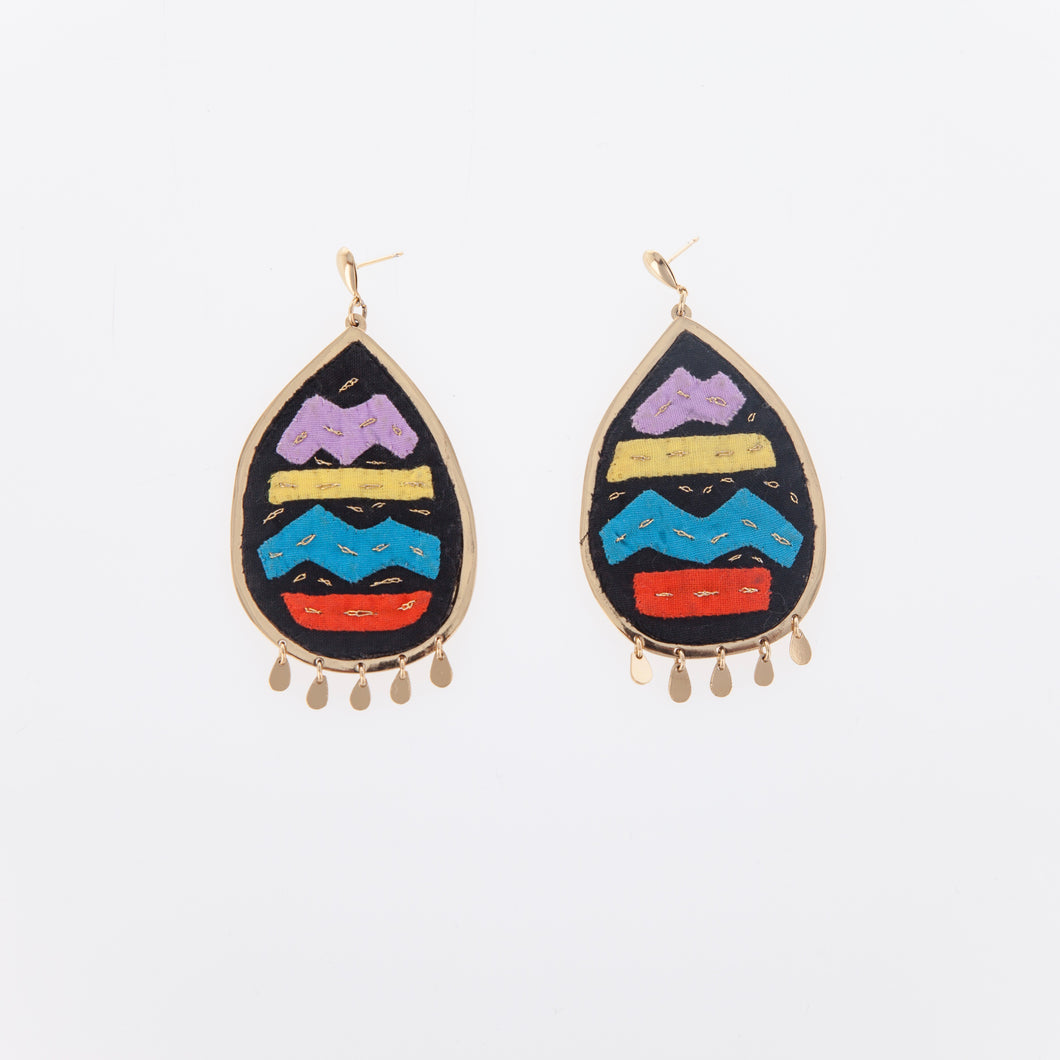 Ovalo Mola Earrings