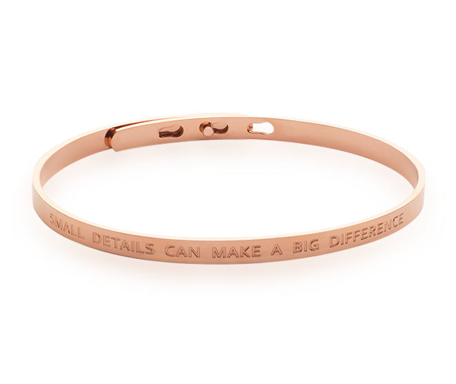 Simplicity Bangle Details 18k Rose Gold Plated