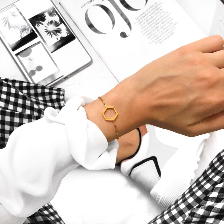 Simplicity Hexagon Bracelet Gold