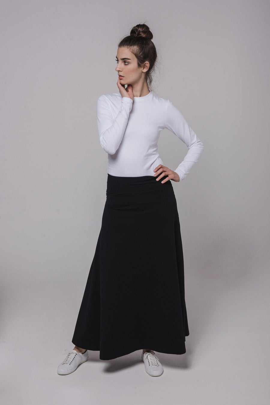 NON105 Long skirt