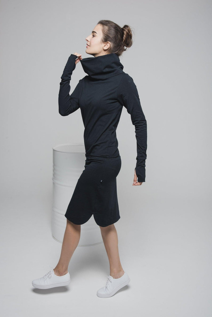 NON162 Long sleeve cowl-neck dress with rubber waist band