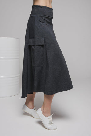 NON356 Loose skirt with pocket