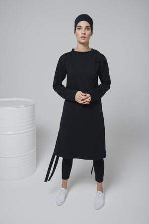 NON384 Loose dress with long sleeves