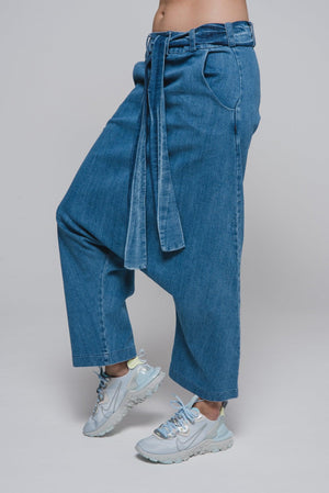 NON581 Loose, deep-seated trousers
