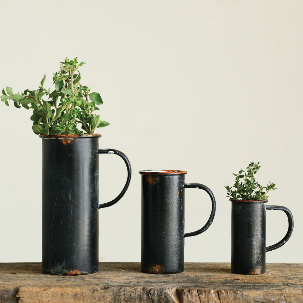 Black Decorative Tin Pitchers (Set of 3 Sizes)