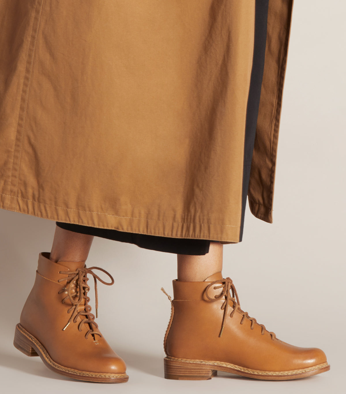 BRAIDED LACE UP BOOT - WFBLUL_TAN