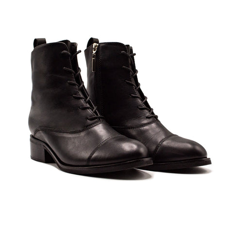 Slim Lace-up Boot Black